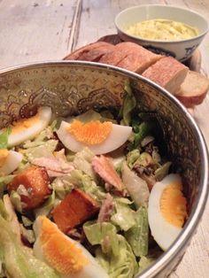 Vanavond staat deze heerlijke, en snelle, zoete aardappelsalade met gerookte forel op het menu. Recept van @OhMyFoodness, super lekker! #salade #gezond #wewv #foodies #recept #smullen #makkelijkemaaltijd #chicascooking