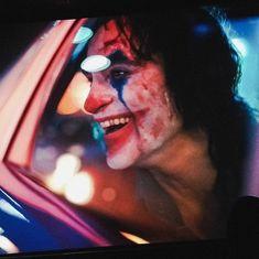 "bellaoftheforest: ""Joker appreciation post because I can't get enough! Le Joker Batman, Joker And Harley Quinn, Joker Frases, Joker Quotes, Joaquin Phoenix, Dc Comics, Gotham, Joker Tumblr, Joker Film"