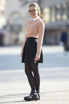 Adorable Back-to-School Outfits for Teens ... →   Pretty in Prep - collar and those boots=fantastically preppy outfit for school