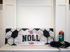 54 Super Ideas For Bedroom Boys Basketball Wood Signs Boys Soccer Bedroom, Soccer Room, Soccer Art, Bedroom Boys, Trendy Bedroom, Basketball, Coach Gifts, Team Gifts, Soccer Crafts