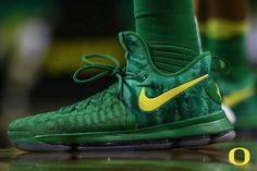 size 40 2a8a2 978fd Kevin Durant KD 9 Oregon Ducks PE 2018 How To Buy Duck Shoes, Kd Shoes