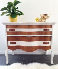 Refresh Old Furniture: 11 Painted Furniture DIY Projects With a Contrasting Finish