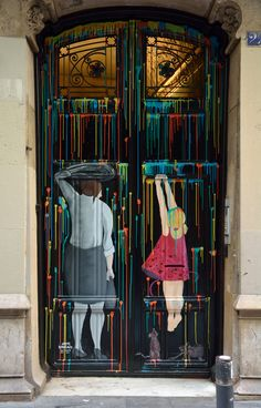 In many countries around the world artists use some ordinary doors as if they were canvases and transform them into beautiful paintings. Why painted doors? The painted doors turn a city into a vibr… Cool Doors, Unique Doors, The Doors, Windows And Doors, Grand Entrance, Entrance Doors, Doorway, When One Door Closes, Door Gate