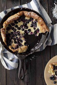 Blueberry Dutch Baby Pancake | Substitute with gluten-free flour