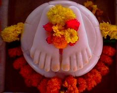 A Couple of Sai Baba Experiences - Part 1059 Sai Baba Hd Wallpaper, Ganesh Wallpaper, Sai Baba Pictures, God Pictures, Hanuman Pics, Sai Baba Miracles, Indian Flag Wallpaper, Happy Birthday Wishes Photos, Shirdi Sai Baba Wallpapers