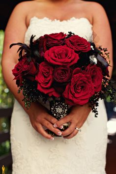 Perfect bouquet, similar to my bouquet!  by: HighSocietyEvents
