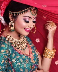 Bengali Bridal Makeup, Indian Bridal, Amazing Dp, Beautiful Indian Brides, Bengali Bride, Indian Goddess, Goth Women, Girls Dpz, Bridal Portraits