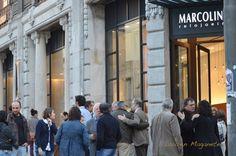 Escultura de Paulo Neves  Marcolino Art Gallery, Porto, 20/10/2012    Mais informações em: http://paulonevesescultor.wordpress.com/2012/10/17/aqui-tambem-ha-anjos-inaugura-no-marcolino-art-gallery-dia-20-de-outubro/