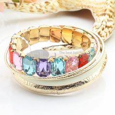 http://www.thdress.com/white-five-laps-rhinestones-+-alloy-bracelet-p13518.html