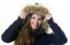Las 8 esquiadoras más guapas de la élite mundial - La esquiadora liechtensteiniana, Tina Weirather. Lindsey Vonn, Winter Hats, Winter Jackets, Canada Goose Jackets, Dame, Skiers, Stylish, Sexy, Woman