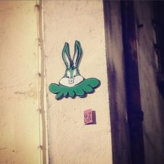Street art !  @gzup_streetart #gzup #octopus #streetart #art #pieuvre #gzupstreetart #art #paris #france #graffiti #graff #instagraffiti #instagraff #urbanart #wallart #artist #urbanart #parisarturbain #parisart #paris15 #illegalart #bugsbunny