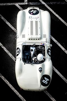 https://petrolicious.com/articles/can-you-recognize-your-favorite-classics-from-above#&gid=1&pid=14