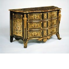Chest-of-drawers  Attibuted to Etienne Doirat, France 1720  Veneered with walnut, ebony, contre-partie Boulle marquetry of turtleshell, green-stained horn, mother-of-pearl, brass, Sicilian jasper, gilt bronze and steel