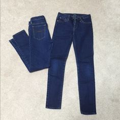 Two pairs of girls super skinny size 12 Gap jeans Two pairs of super skinny Gap girls size 12 jeans. Great condition, like new! Will sell one pair for $10 or both for $18. GAP Jeans Skinny