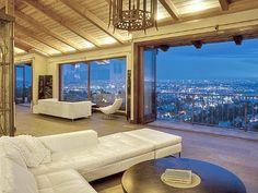 Perfect Views (Los Angeles, CA) #losangeles #la #vacationrental #vacation #travel #living #inspiration #interiordesign  #hollywoodhills #hollywood #luxury #luxuryliving