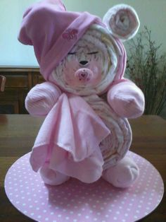 Sleepy bear nappy cake  No instructions its my personal design ☺