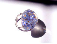 Колечко из эпоксидной смолы и настоящих незабудок. A ring of epoxy resin and…