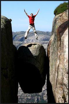the kjeragbolten boulder | Kjeragbolten Boulder – Norway