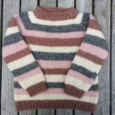 Image of Brormand Sweater Str. 1 til 10 År Baby Knitting Patterns, Baby Sweater Patterns, Knitting For Kids, Crochet Baby Cardigan, Knitted Baby Clothes, Sweater Design, Baby Sweaters, Striped Knit, Couture