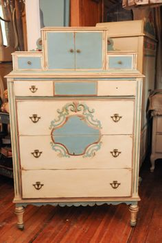 gypsified vintage dresser | Gypsy Faire