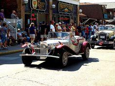 Sunday Antique Car Parade