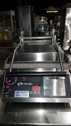 """USEDGRILL-3033/Pro-Max® Two-Sided Grill with Timer, electric, 14""""x14"""" fixed lower grill, standard hinged upper grill, HD smooth cast aluminum grill plates, thermostatic control with programmable timer, front grease drawer, stainless steel front & sides/select pic to e-mail for quotes, pricing and product details/ by AIMCO Equipment Company Grill Plate, Used Equipment, Grease, Drawer, Electric, It Cast, Kitchen Appliances, Smooth, Stainless Steel"""