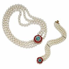TRIPLE-STRAND CULTURED PEARL NECKLACE AND BRACELET, VAN CLEEF & ARPELS, NEW YORK, 1957