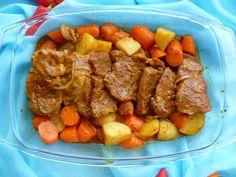 Karkówka pieczona w rękawie z warzywami