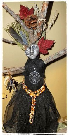 How to Make A Spirit Doll: Step 6 (Embellishment & Decoration) - How To Make A Website - Ideas of How To Make A Website - How to Make A Spirit Doll: Step 6 (Embellishment & Decoration) Wiccan, Pagan, Paper Dolls, Art Dolls, Dolls Dolls, Textiles, Spirit Sticks, Voodoo Dolls, Witch Dolls