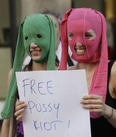 pussy club berlin eroottisia tekstejä