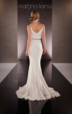 714 Designer Beach Wedding Dress by Martina Liana