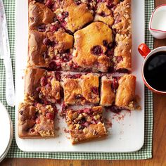This cake is a cross between a fruit crisp and a moist cake. We love the festive cranberry filling with its sweet-tangy flavor and the combination of soft cake, tender fruit and crunchy topping. Cranberry Cake, Cranberry Recipes, Fall Recipes, Fall Desserts, Dessert Recipes, Thanksgiving Desserts, Pumpkin Cake Recipes, Fall Cakes, Moist Cakes