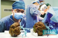 3D Printed Liver Model Saves Man's Life in China http://3dprint.com/60215/3d-printed-liver-model-saves-mans-life-in-china/