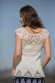 Limpet Lace Top: the crochet lace in this top is stunning!