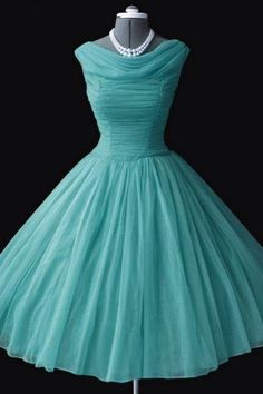 2015 Prom Dresses Vintage 1950s Crew Cap Sleeves Mini Short Tulle Formal Prom Dress Party Gowns