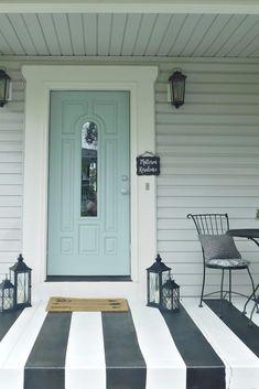Painted Porch Floors, Painted Concrete Porch, Painted Front Porches, Concrete Front Porch, Porch Paint, Porch Flooring, Painting Concrete, Concrete Patio, Concrete Floor