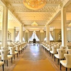 This Luxurious Liverpool Wedding Venue Is Ideal For Achingly Glamorous Couples Not Only The A Local Landmark But Incredible Decor Will Ensure