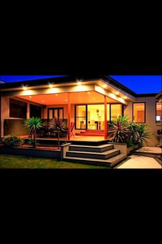 Simple and modern deck // covered deck, steps to yard, landscaping