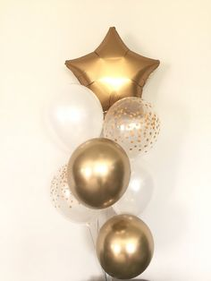 Baby Showers Twinkle Twinkle Little Star Balloons Baby Shower Photo Booth, Baby Shower Photos, Baby Shower Themes, White Baby Showers, Star Baby Showers, Baby Shower Balloons, Birthday Balloons, Balloon Decorations Party, Baby Shower Decorations