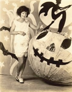 Clara Bow and giant Jack'o'lantern. #vintage #halloween
