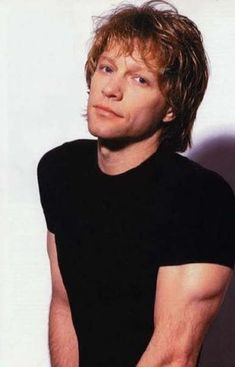 Jon Bon Jovi - I think his shirt has been digitally altered in this pic Jon Bon Jovi, Bon Jovi Always, 80s Hair Bands, Jesse James, Celebs, Celebrities, No One Loves Me, Cool Bands, Rock And Roll