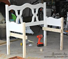 Headboard+Footboard+Benches | Awesome New Bench from Old Headboard & Footboard - Alderberry Hill