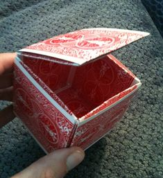 making a box from playing cards-what a great use for those decks that mysteriously have missing cards! Playing Card Crafts, Playing Card Box, Playing Cards Art, Cute Crafts, Crafts For Kids, Origami Box, Make A Gift, Recycled Crafts, Deck Of Cards