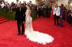 Pin for Later: Um, Kim Kardashian Aurait-Elle Volé la Robe de Beyoncé?