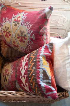 Great pillows with lovely colors..