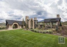 Exterior Design by Roxbury Studios Salt Lake City Luxury Estate, Luxury Homes, Cabin House Plans, Dream Mansion, Concept Architecture, House Architecture, Cabin Homes, Estate Homes, The Hobbit