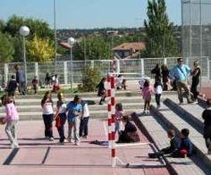Denuncian que Andalucía prohíbe a los profesores de religión atender a los niños en el recreo