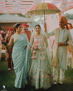 Father Of The Bride Outfit, Bride Entry, Floral Umbrellas, Bride Pictures, Happy Pictures, Wedding Pictures, Green Lehenga, Bride Flowers, Bridal Photography