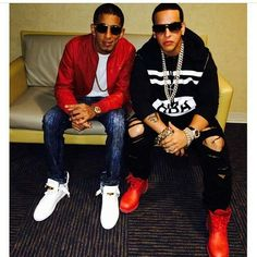 DYARMY_Paraguay : #HappyBdayDaddyYankee #FelizCumpleañosDaddyYankee #DYARMY_Paraguay  @daddy_yankee ✔✔ https://t.co/Y7mIfqQGF3   Twicsy - Twitter Picture Discovery