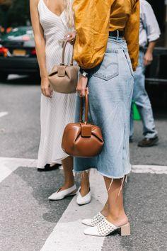 Moda Fashion, 70s Fashion, New York Fashion, Fashion Outfits, Fashion Tips, Gypsy Fashion, Fashion Websites, Skirt Fashion, Korean Fashion